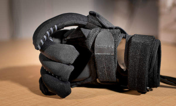 Soft-Robotic-Glove-2-5.jpg