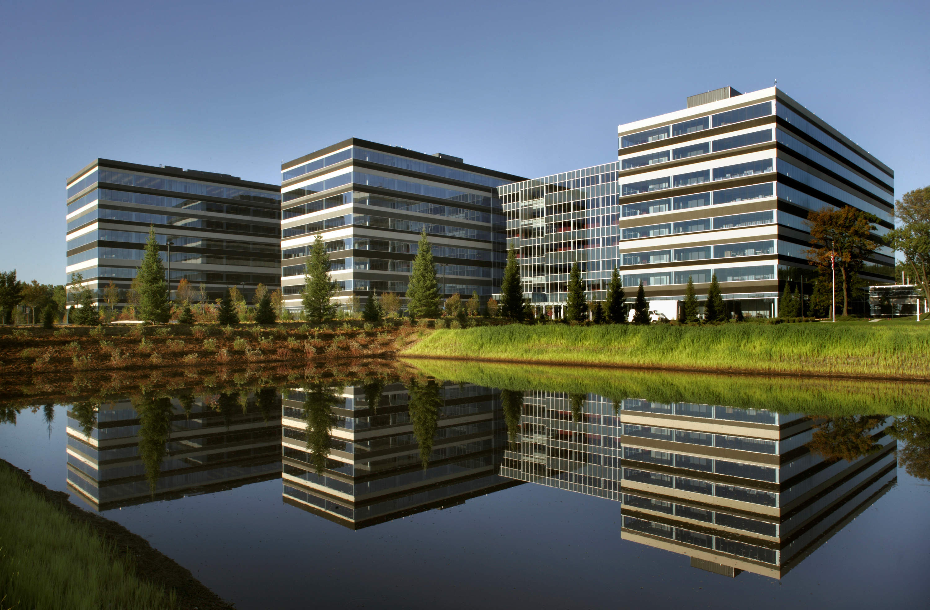 Medtronic Mounds View Campus
