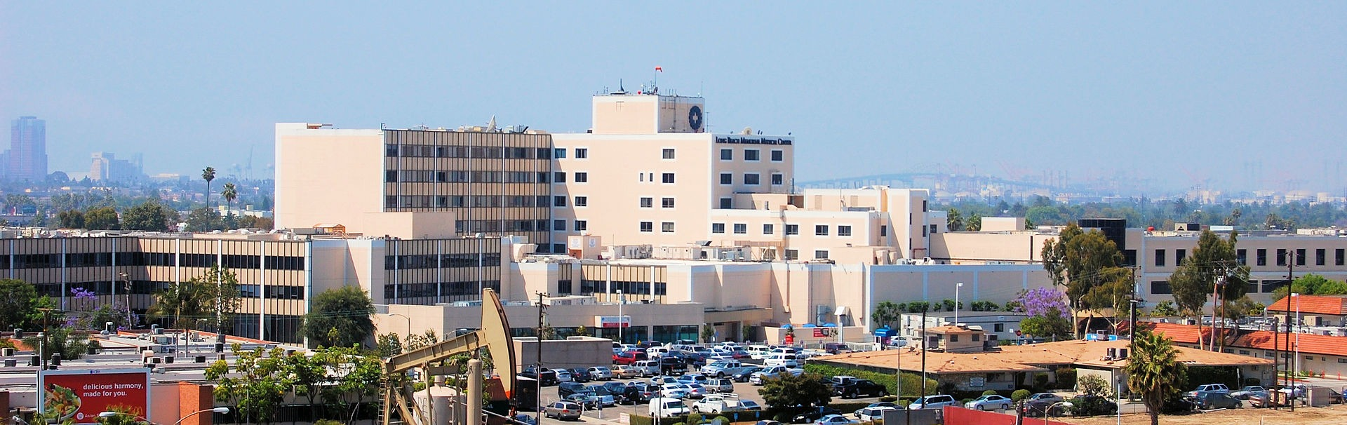 1920px-Long_Beach_Memorial_Medical_Center