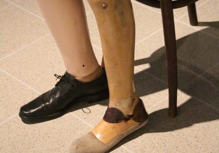 prosthetic-4136661_640