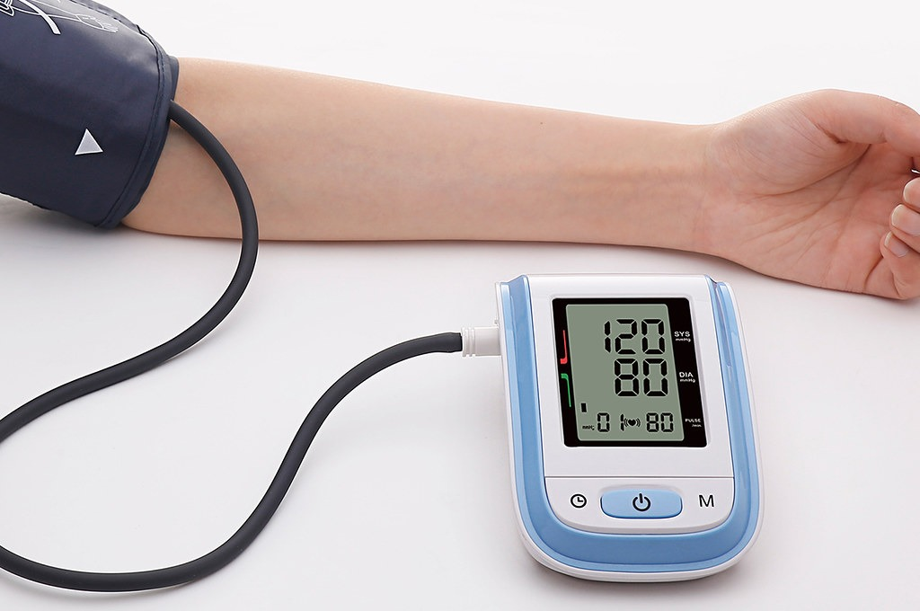 medical device failures blood pressure monitor