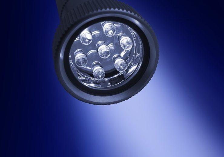 flashlight-3770622_640