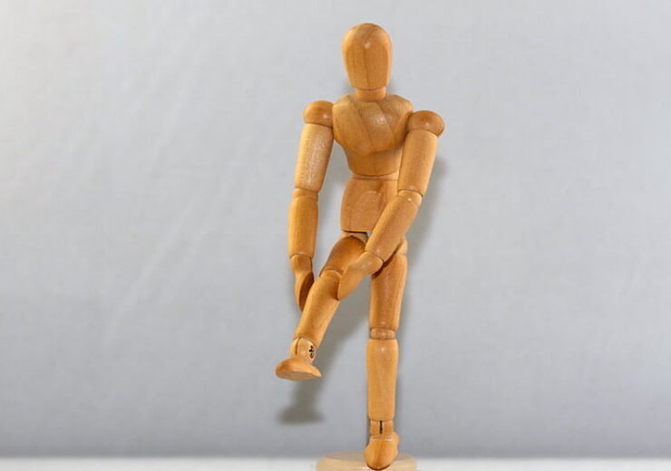 figure-man-knee-knee-pain-preview