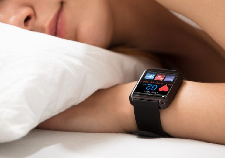 Smart,Watch,Showing,Heartbeat,Rate,On,Sleeping,Woman's,Hand